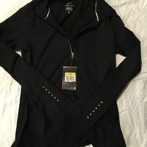 Nike zip front black top. Size Small